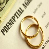 Незвичайні пункти в шлюбних контрактах знаменитостей