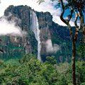 Топ-10 мальовничих водоспадів