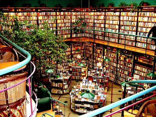 книгарня El Péndulo в Мехіко