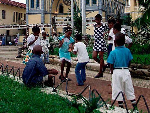 Экваториальная Гвинея и бедность