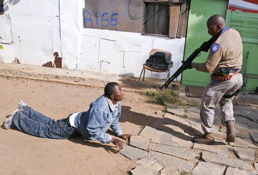 Произвол полиции в ЮАР