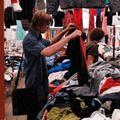 23% мешканців України купують одяг у секонд-хендах