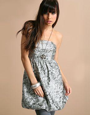 Сукня у стилі 80-тих
