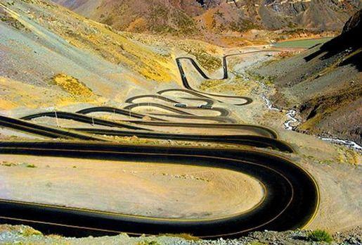 Перевал Лос-Караколес, Анды, Чили / Аргентина