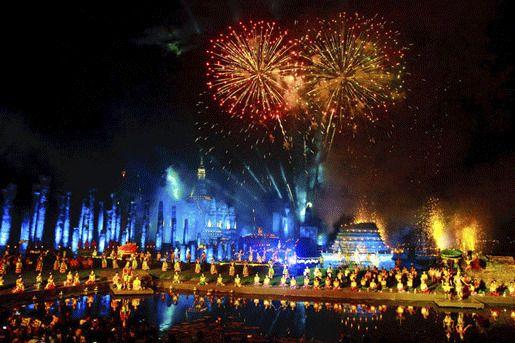 Фестиваль Лой Кратонг (Loykrathong Festival)