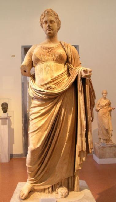 Статуя «Правосудие»