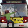 15 креативных реклам на автобусах
