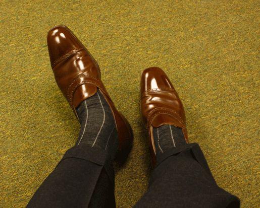 Несоответствие костюма и обуви