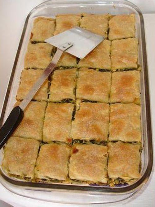 листковий пиріг із рубаним м'ясом