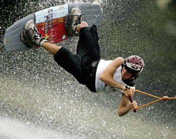 вейкбординг и катание на водных лыжах