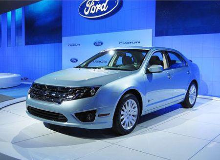 Ford Fusion hybrid (2010)