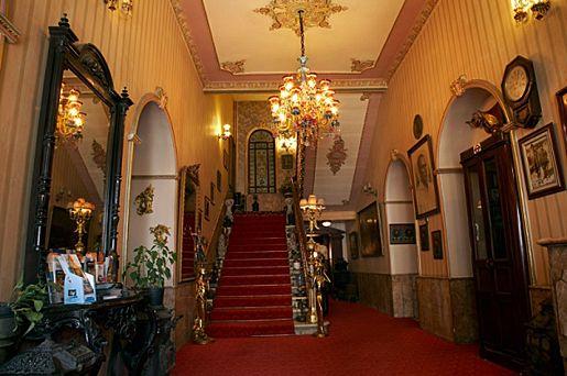 3. Büyük Londra Hotel