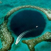 5 самых красивых голубых дыр в мире