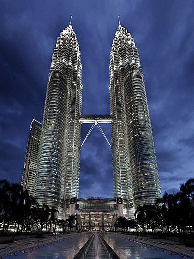 Башни-близнецы Петронас, Куала-Лумпур