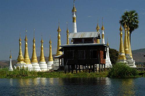 Монастырь Нгафечонь, Мьянма